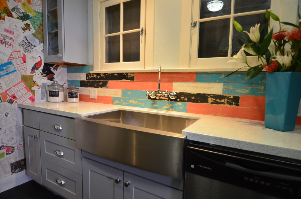 Kitchen - eclectic kitchen idea in Los Angeles