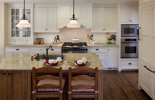 15 Types Of Molding To Update Your Kitchen Painterati