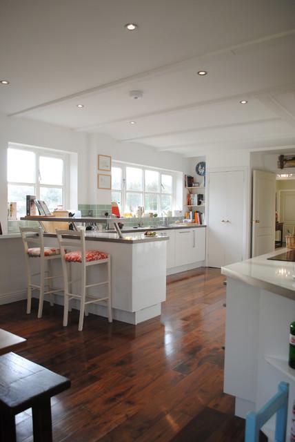 Modern kitchen in Hampshire.