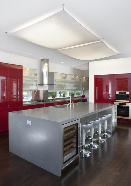 House of Light: Chevy Chase, Maryland Home inspired by Hugh Newell Jacobsen transitional-kitchen