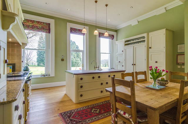 House on ballinderry traditional kitchen northern for Traditional kitchens ireland