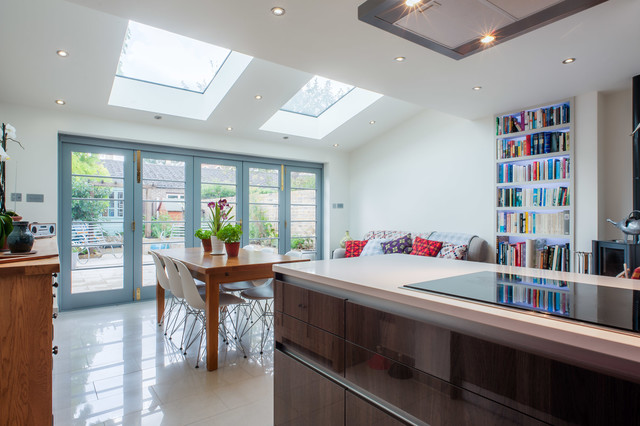 House refurbishment and kitchen extension richmond for Traditional kitchen extensions