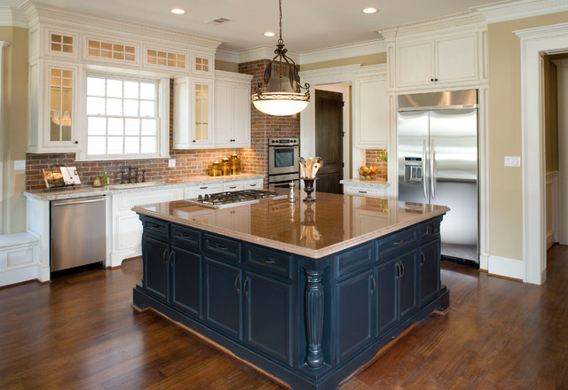 Houston Heights Project 2 traditional-kitchen