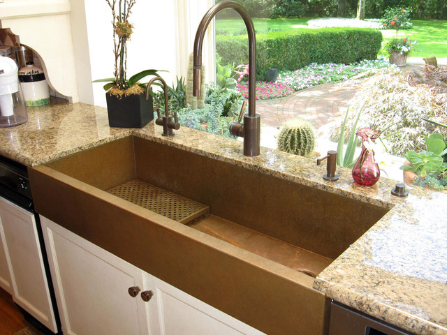 Huge copper sink and a kitchen with a view, featuring a copper sinks by Rachiele eclectic-kitchen