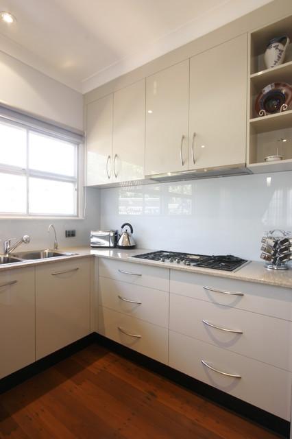 Hunter contemporary-kitchen