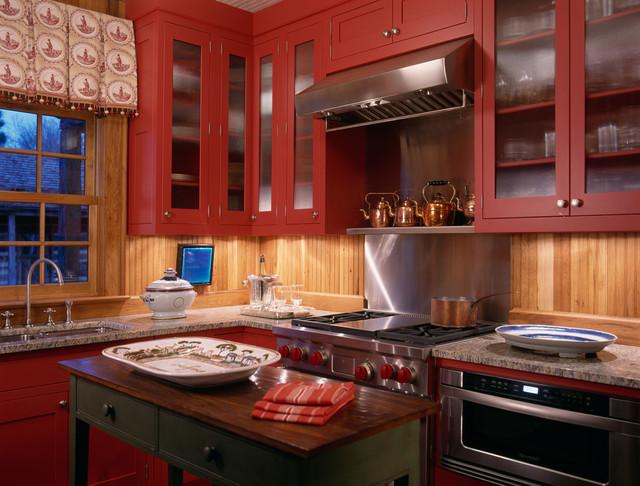 traditional kitchen by Johnson Berman