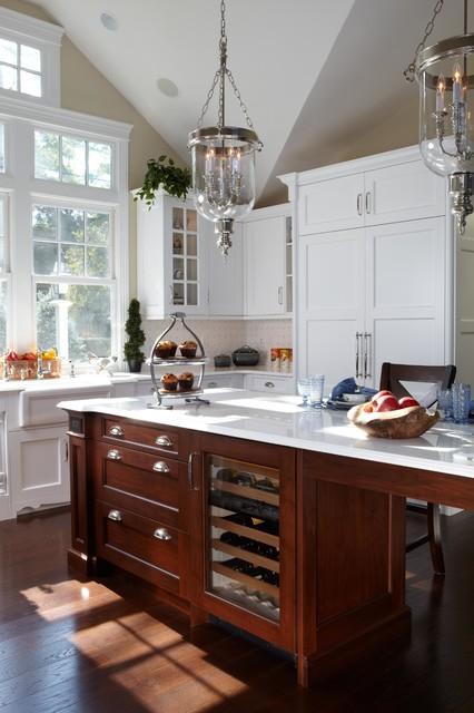 Huntington bay ny kitchen 1301bo traditional kitchen for Kitchens by ken kelly