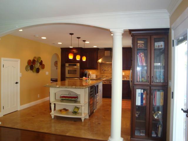 Huntington Beach traditional-kitchen