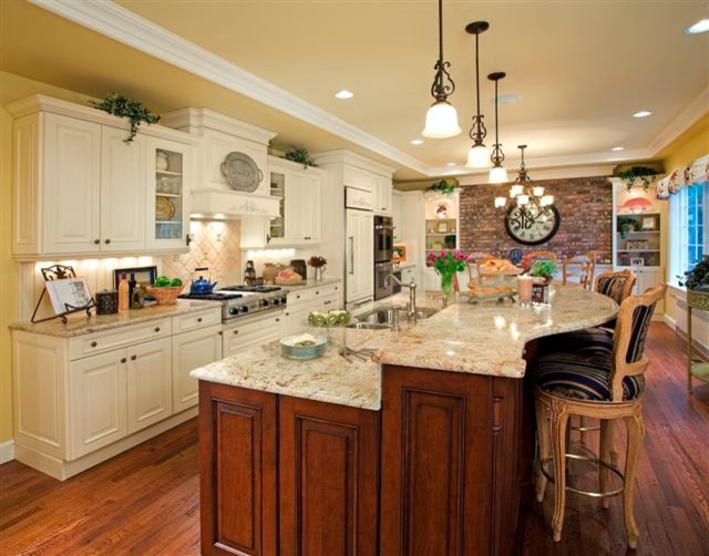 Huntington, NY - Traditional - Kitchen - New York - by ...
