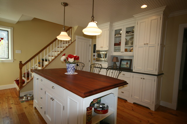 Hutch view traditional-kitchen