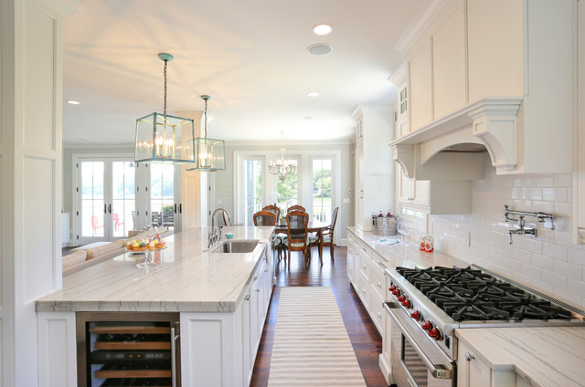 Hwc folly kitchen traditional kitchen san francisco for Traditional galley kitchen designs