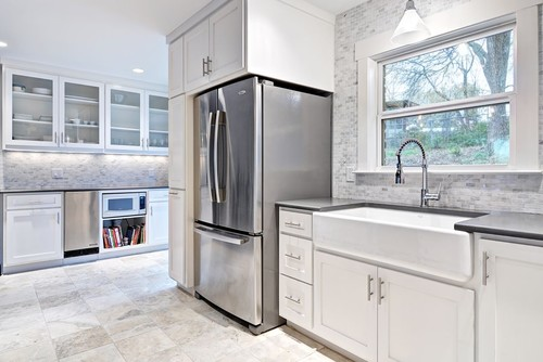 Merveilleux Fire Clay Farm Sinks Looks Good In The Kitchen, But It Is Over $500 More  Than Porcelain. We Will Look At Why They Cost More Than Porcelain Sinks And  If Itu0027s ...