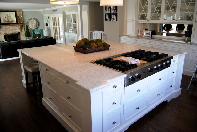 Ice Quartz And Super White Extra Kitchen With Balance Of Tradition And  Bling! Transitional