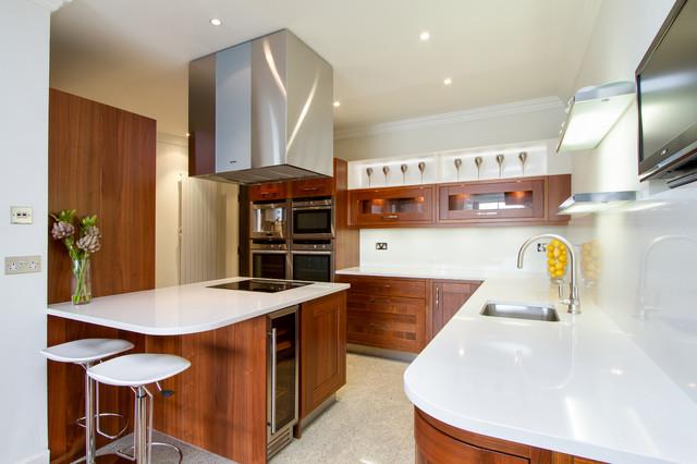 Icon riverside development contemporary kitchen london by chris snook - Presupuesto cocina completa ...