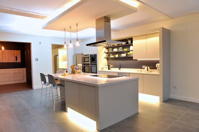 Ideal Home Show RDS Simmonscourt, Dublin Modern Kitchen