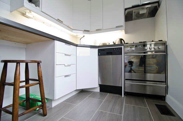 Ikea And Semi Custom Kitchens Contemporaneo Cucina Toronto Di Ts Kitchen Projects
