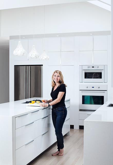 Ikea High Gloss White Kitchen by ModerNash of Nashville, TN - Contemporary - Kitchen - nashville ...