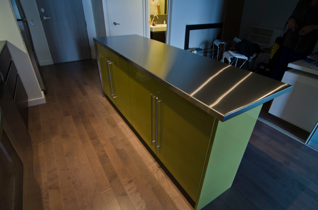 Merveilleux IKEA Island With Custom Thermofoil Doors And Stainless Steel Countertop  Modern Kitchen