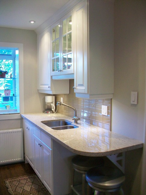 IKEA Kitchens - Lidingo White traditional-kitchen