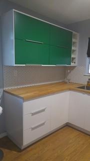 IKEA Veddinge cabinets Moderno Cocina Austin de Love