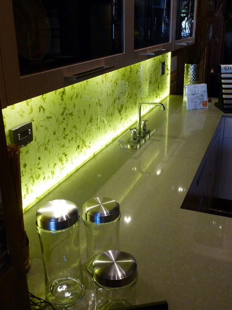 Illuminated Kitchen Backsplash With Rice Paper Leaves Into