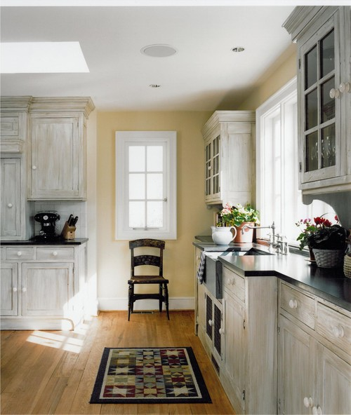 Orlean traditional kitchen