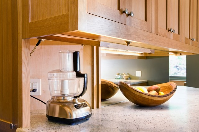 Incorporating technology in a traditional kitchen remodel traditional-kitchen