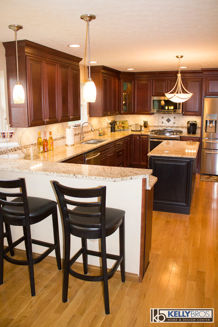 Independence Remodel Transitional Kitchen Cincinnati By Kelly Brothers Home Design Center