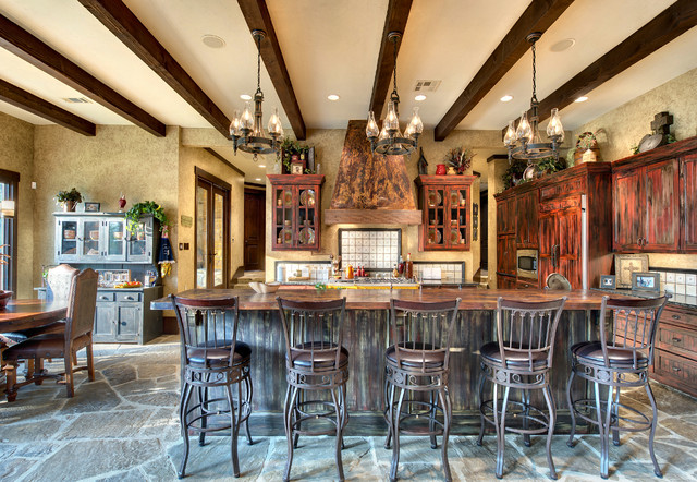 Indian lakes mountain lodge style rustic kitchen for Ski lodge style homes