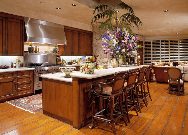 Indian wells for Traditional indian kitchen pictures