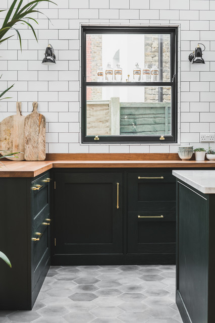 Astounding Industrial Dark Green Kitchen With A Vintage Twist Beutiful Home Inspiration Ommitmahrainfo