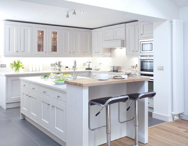 Inframe Hand Painted Kitchen - Klassisch modern - Küche - Dublin ...