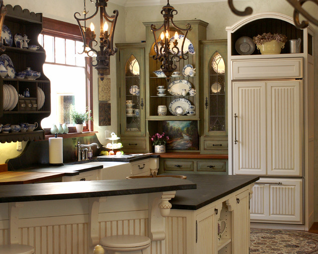 Inset kitchen with soapstone Farmhouse Kitchen Houston by