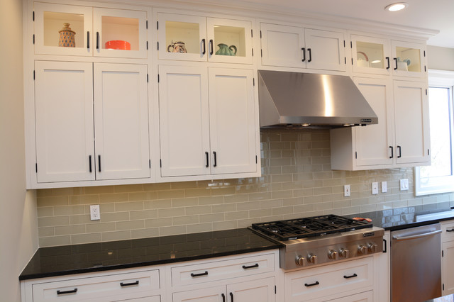 Inset Maple Tranquil Shaker Kitchen Chicago By Brighton Cabinetry Houzz Uk