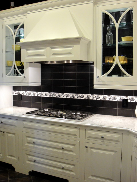 Inset white kitchen traditional-kitchen