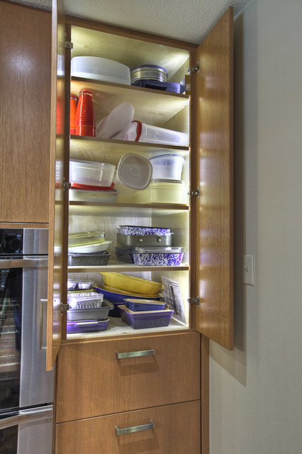 Ordinaire Inside Cabinet Lighting   Modern   Kitchen   Houston   By GB ...