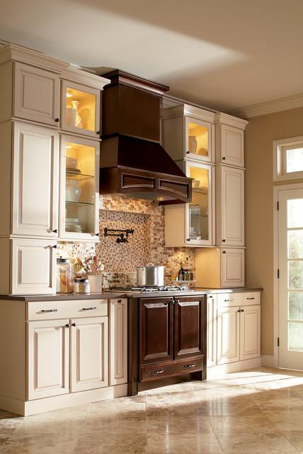 Inspiring Styles: Kitchens traditional-kitchen