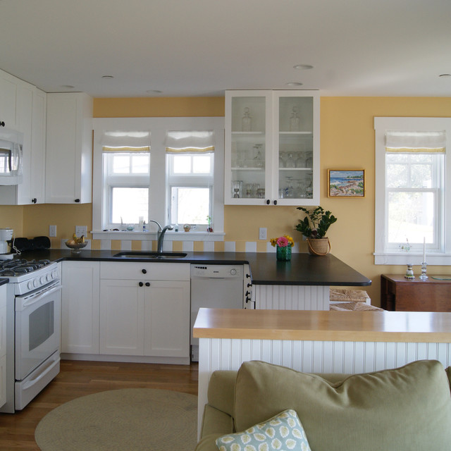 Interior photos of the cottage traditional-kitchen