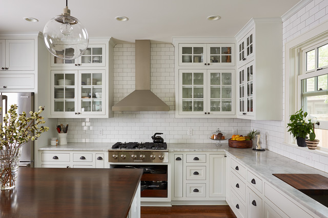 Interiors transitional kitchen minneapolis by for Armoire de cuisine contemporaine 2016