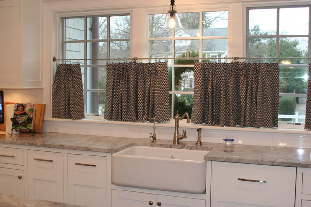 Intervale Place traditional-kitchen
