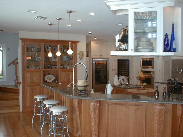 Intracoastal Kitchen traditional-kitchen