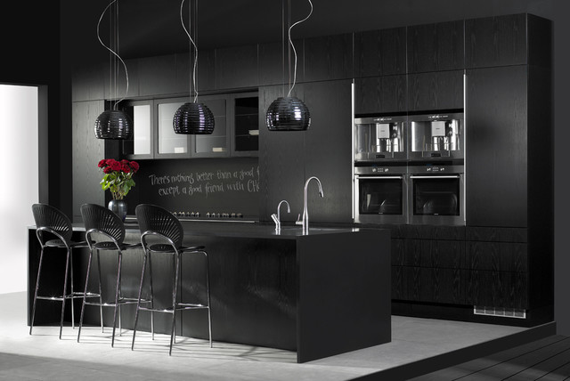 Invita kitchen in black oak for Black kitchen design