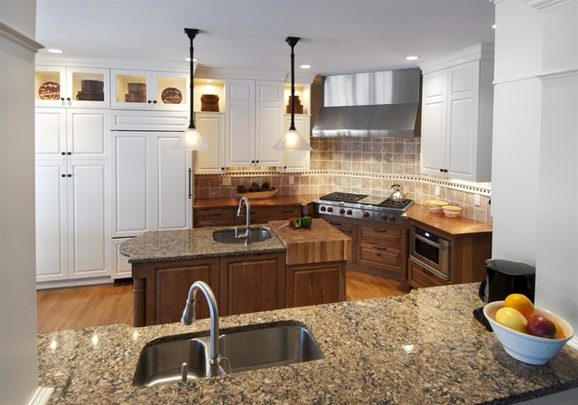 Inviting traditional-kitchen