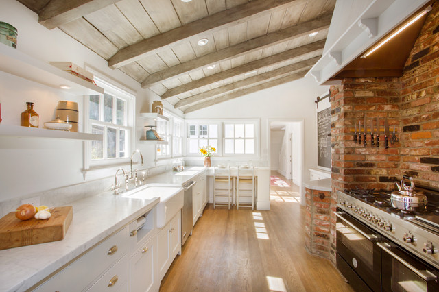 Iredell - Studio City traditional-kitchen