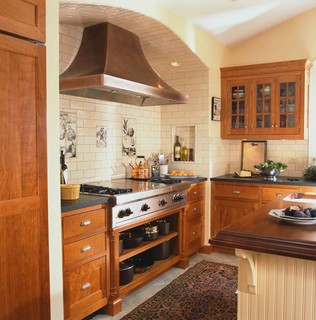 Ireland In Ct Traditional Kitchen New York By Christine Donner Kitchen Design Inc