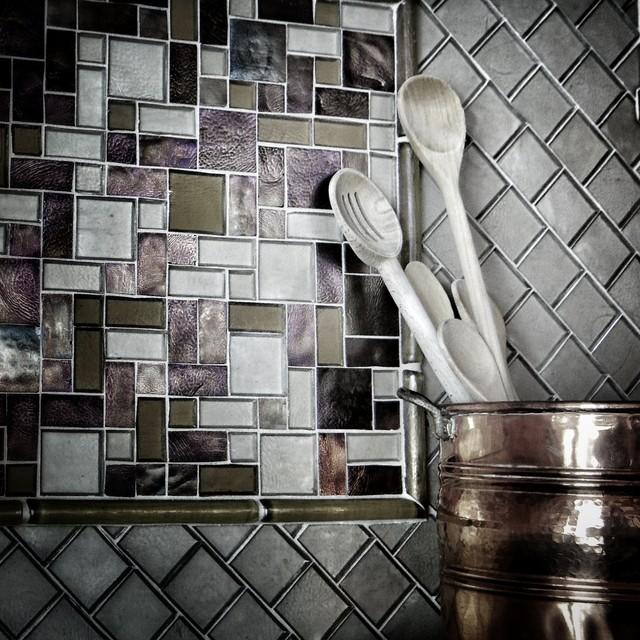 Kitchen Backsplash Glass Tile Gallery: Iridescent Glass Tile Backsplash