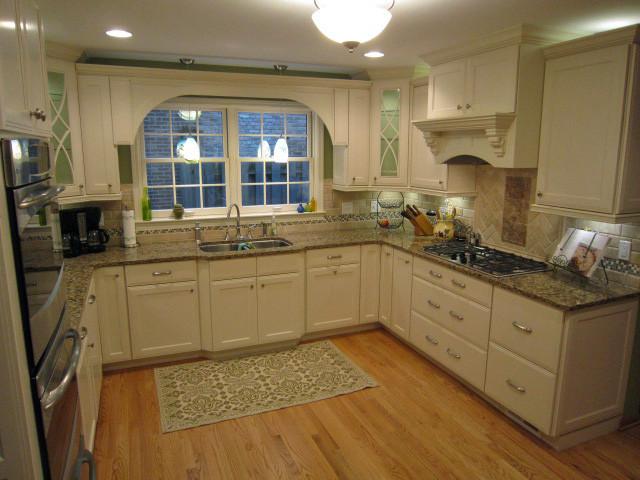 Irish Cream Kitchen - Traditional - Kitchen - Chicago - by ...