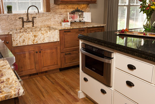 design kitchen appliances island traditional kitchen other by carriage house 3172