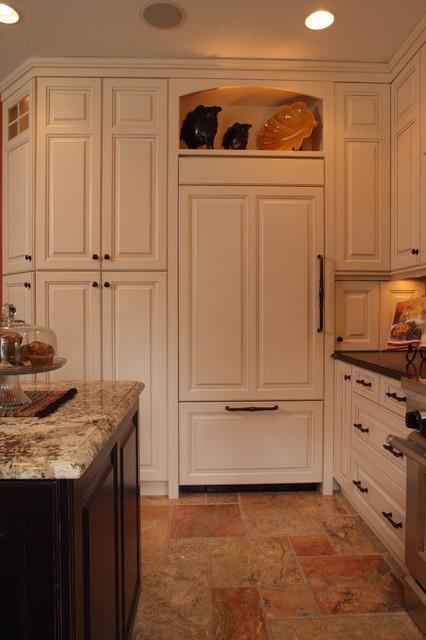 Island Dreams traditional-kitchen