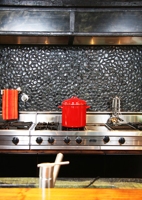 island stone medan charcoal perfect pebble backsplash - modern